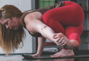 sared thread yoga - carlina muglia